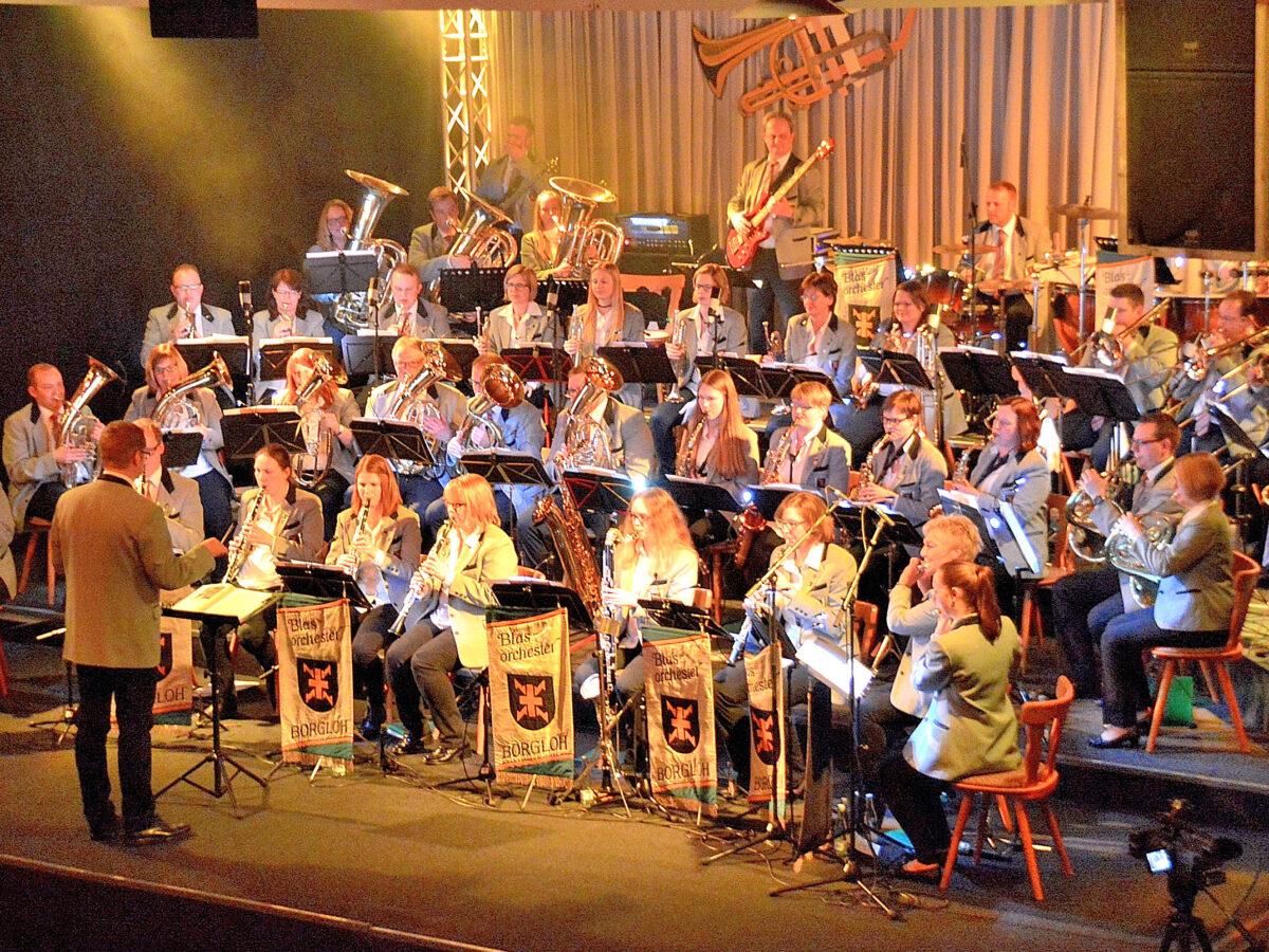 Konzert aller Borgloher Orchester bei Solarlux in Melle